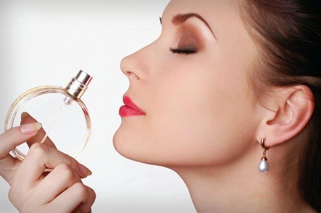 عوامل تاثیرگذار در ماندگاری عطر