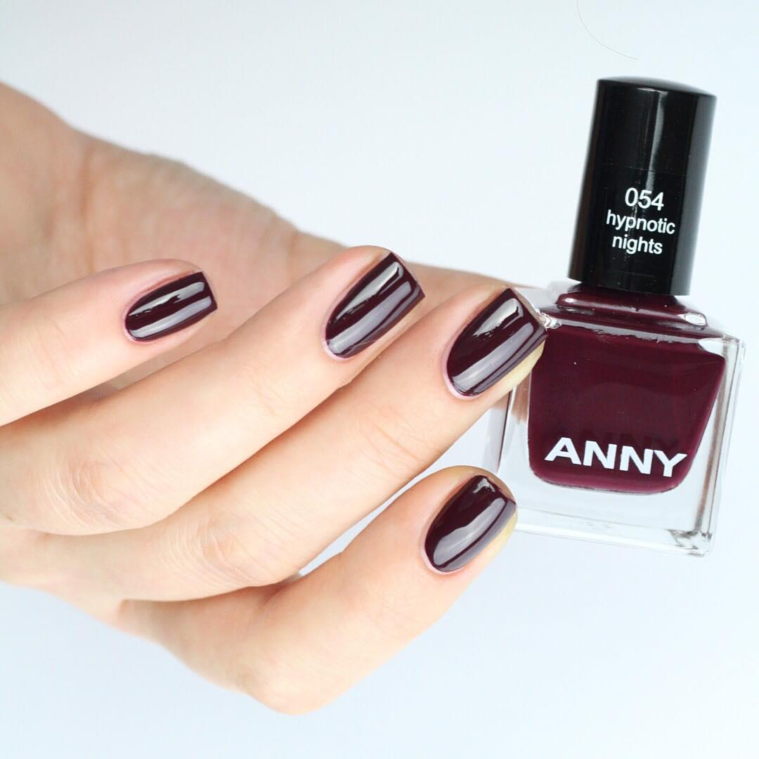 The color range of the previous picture was our muse for this ANNY nail polish!