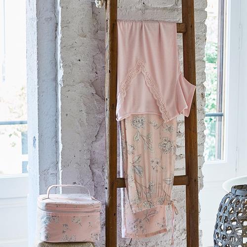 In pink we trust. Pyjama ref.