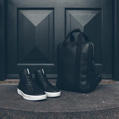 Black is back 🔝 کتونی مردانه