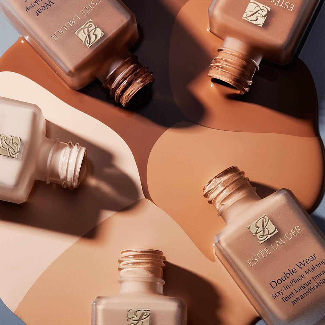 A flawless #DoubleWear shade for every complexion. Come chat with us on Facebook Messenger to find your perfect #foundation match.