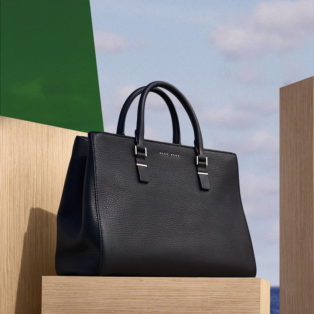 The simple and versatile shape of the Luxury Staple tote in  ...
