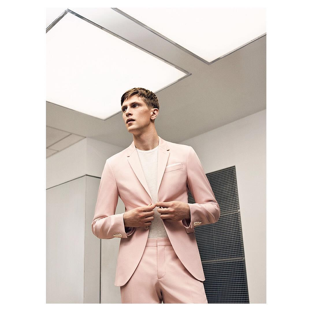 Man editorial | tailoring. Rel