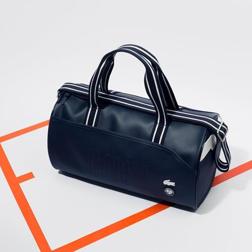 To carry and go! Our Lacoste b