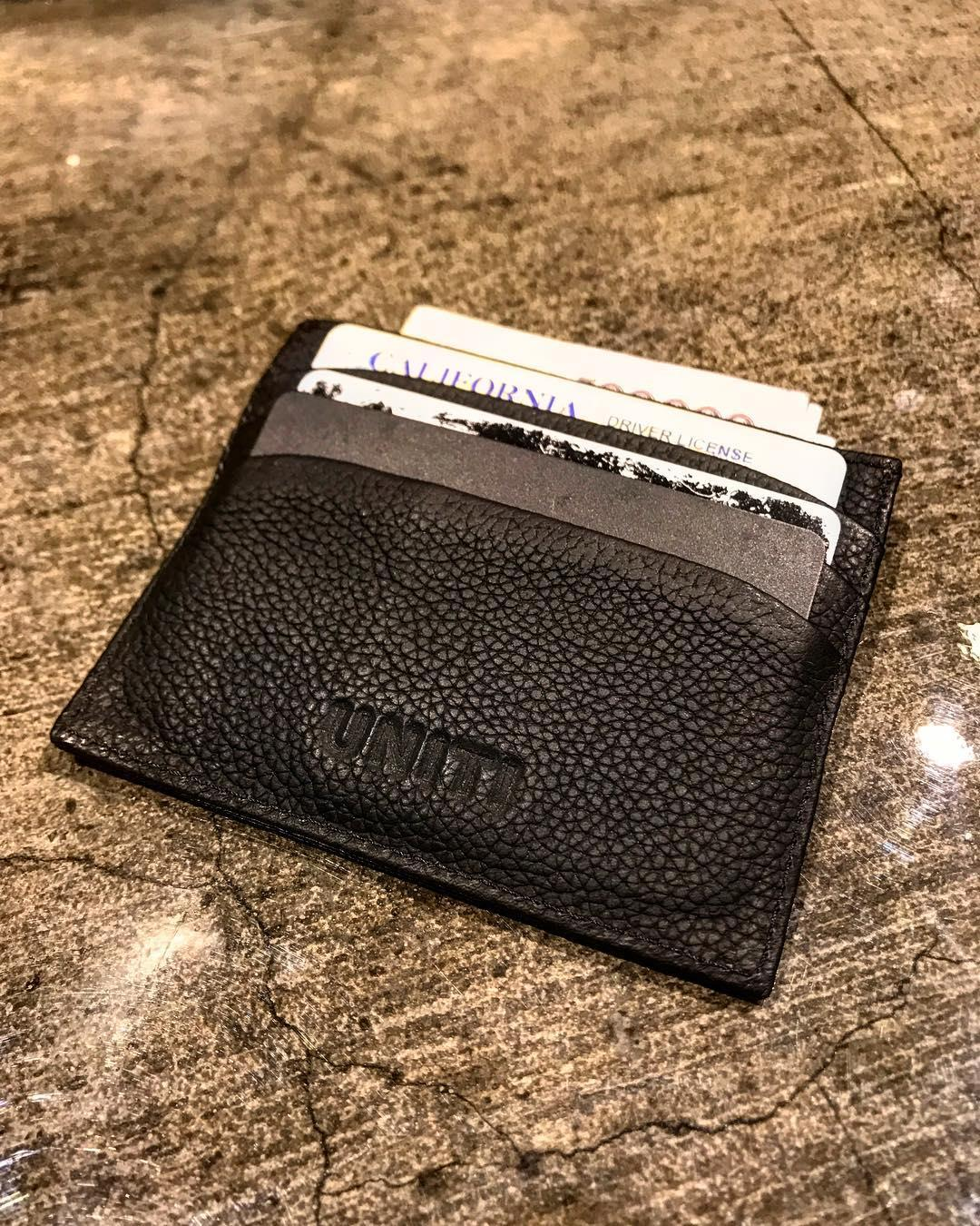 New leather card 💳 holder ⚫️