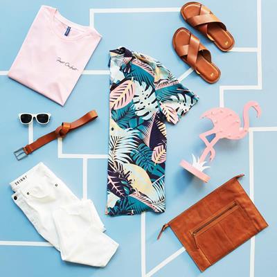 Tropical prints + tan accessor