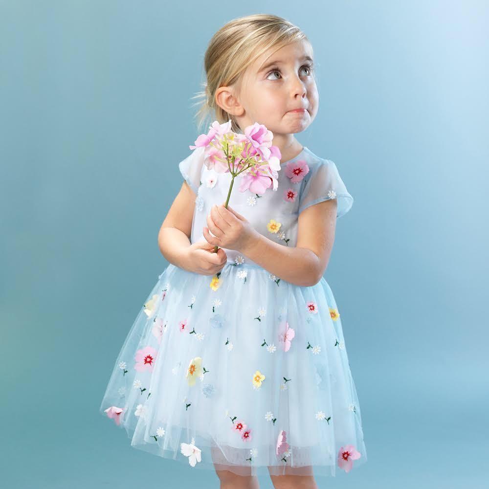 عاشق طرح های گل در لباس هایمان