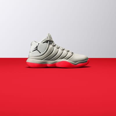 آماده تیک آف. Nike React Hype
