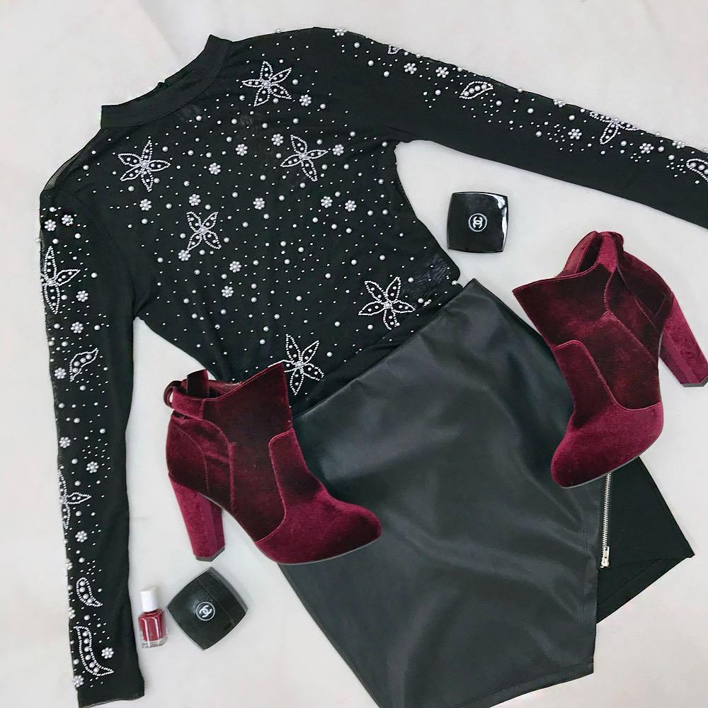 All black w/ a little bit of burgundy. #TALLYWEiJL #PartyWit ...