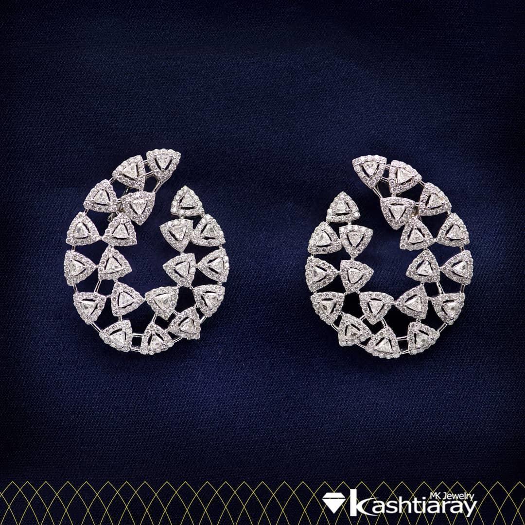 Code: 96130976 Earrings Roun