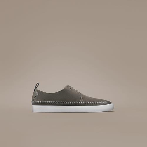 کفش کلارکس
