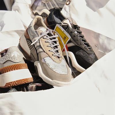 #کفش#کفش ورزشی#آدیداس #adidas