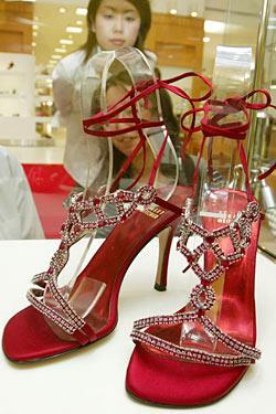 گرانترین کفشهای جهان