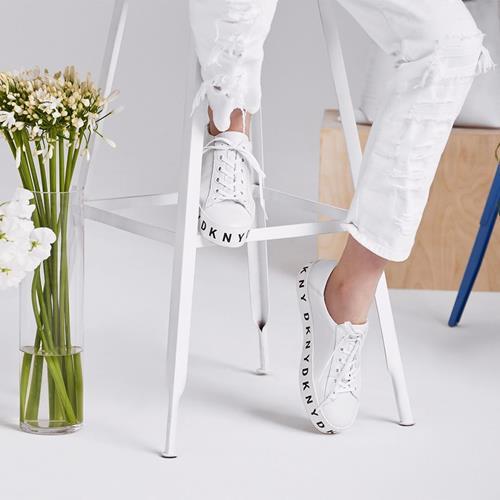 کفش اسپرت #DKNYSpring2018