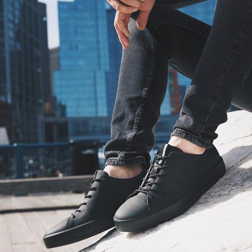 کفش اسپرت The simplicity & st