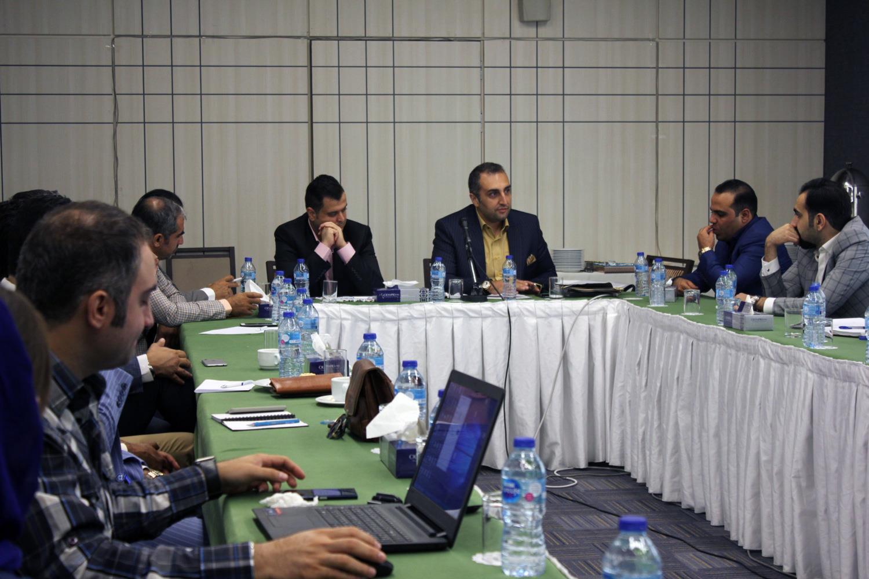نشست دوره ای مدیران گروه راهبرد آتی دانا ( گراد )