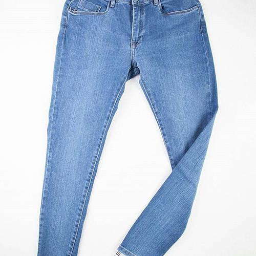 شلوار جین زنانه (SKINNY FIT)