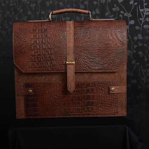 کیف چرمی مدل رامونا یک کیف از