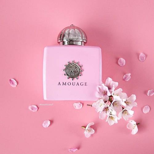 Amouage Blossom Love بلاسام