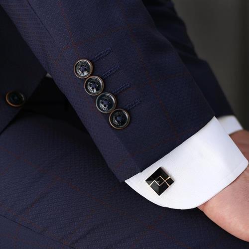 دکمه سردست زاگروتی. #دکمه_س