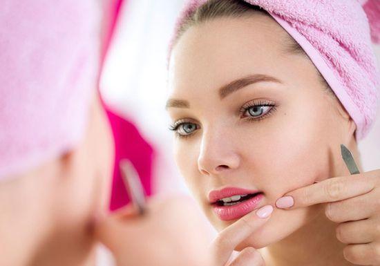 از بین بردن لک و جوش با آرایش